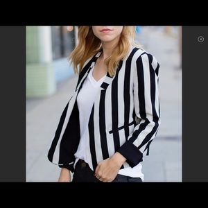 Line & Dot Black and Gray striped jacket. Large